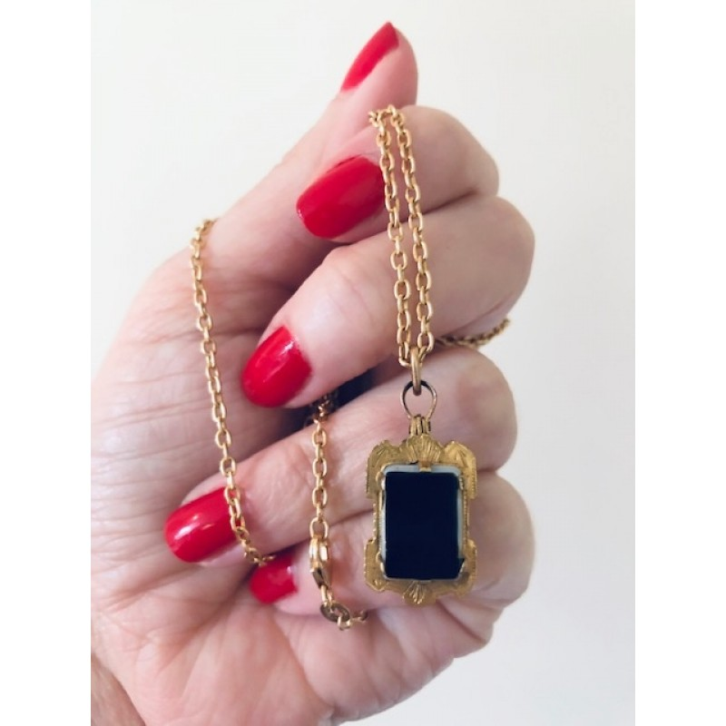 Antique Victorian Gold, Onyx and Cornelian Locket