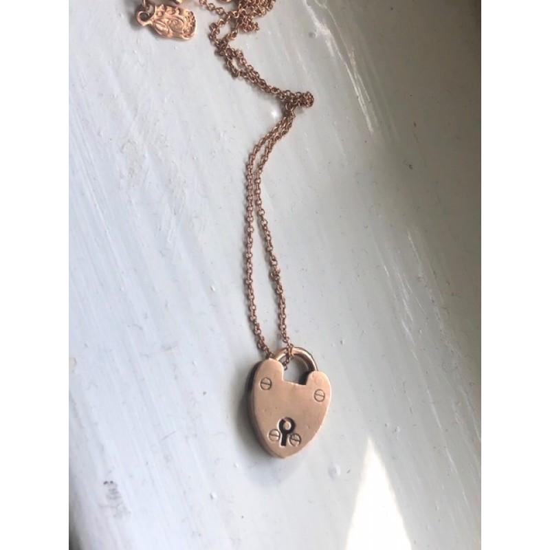 Petite 9K Victorian Rose Gold Heart Lock
