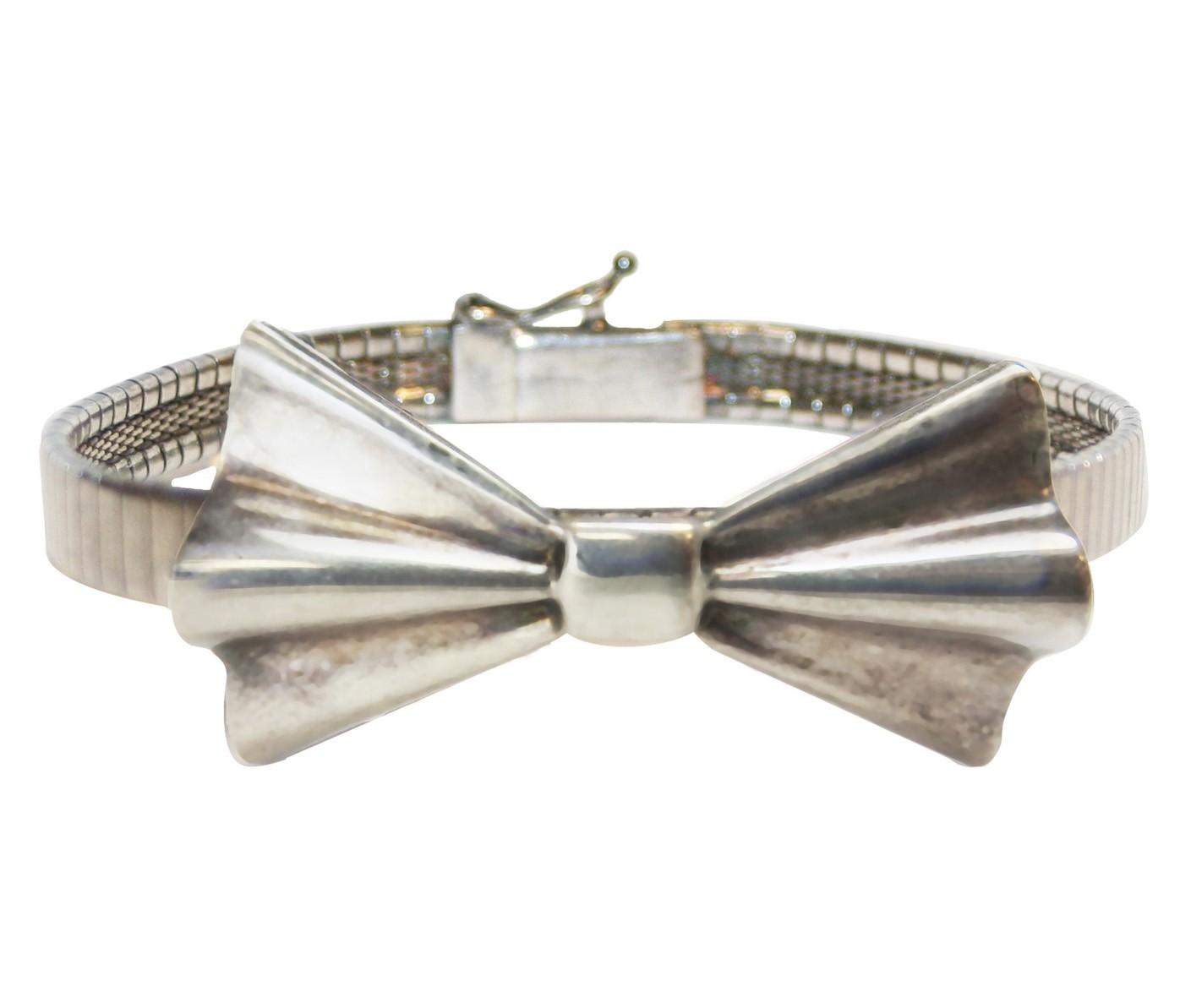 Sterlin Silver Bow Bracelet