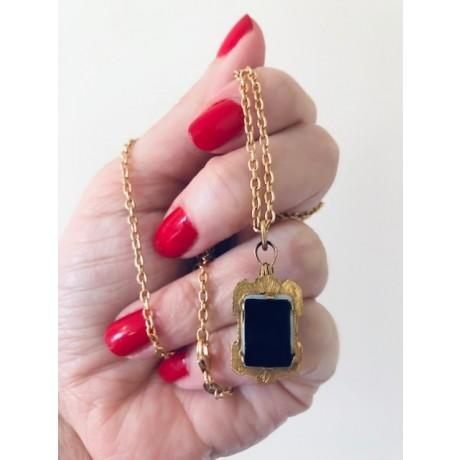 Antique Victorian Gold, Onyx and Cornelian Locket